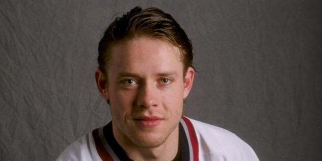 Павел Буре зажигал в НХЛ в 1990-е годы.