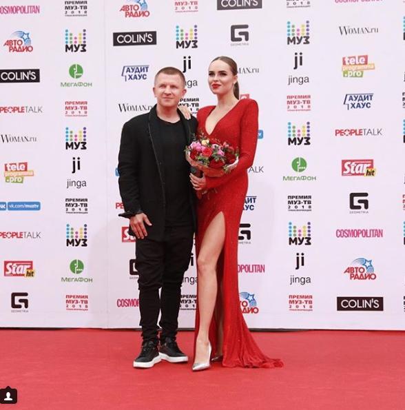 Ханна и Пашу. Фото скриншот https://www.instagram.com/muztv/?hl=ru