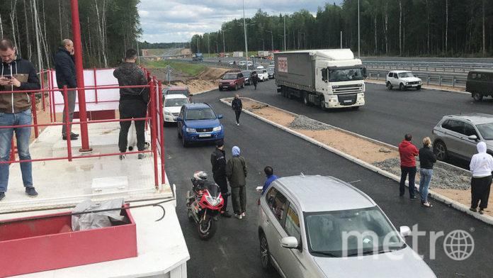Некоторым пришлось толкать застрявший транспорт. Фото https://megapolisonline.ru/