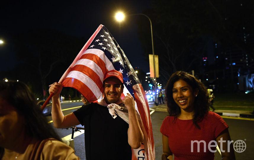Президент США Дональд Трамп прибыл в Сингапур. Фото AFP
