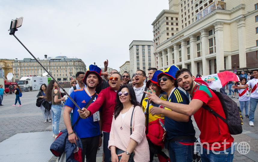 Более 600 бесплатных пешеходных и автобусных экскурсий организуют в Москве во время ЧМ. Фото Василий Кузьмичёнок