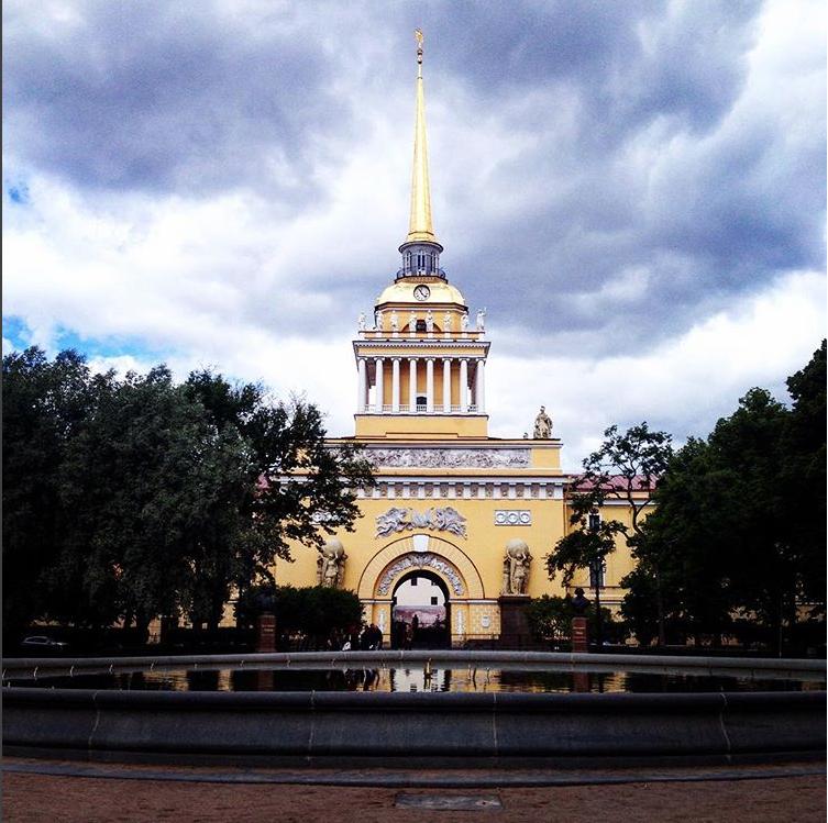 Фонтан 8 июня. Фото instagram.com/olga_kalinina