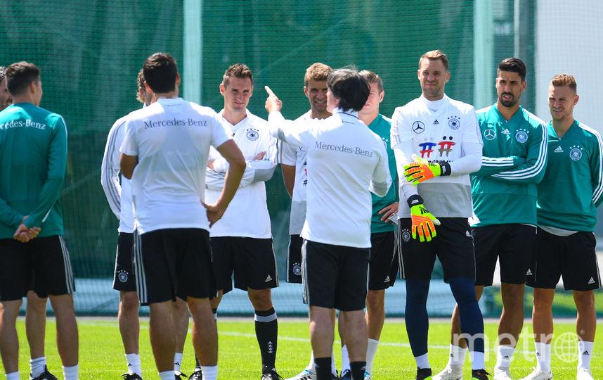 Сборная Германии провела открытую тренировку перед стартом на чемпионате мира. Фото AFP