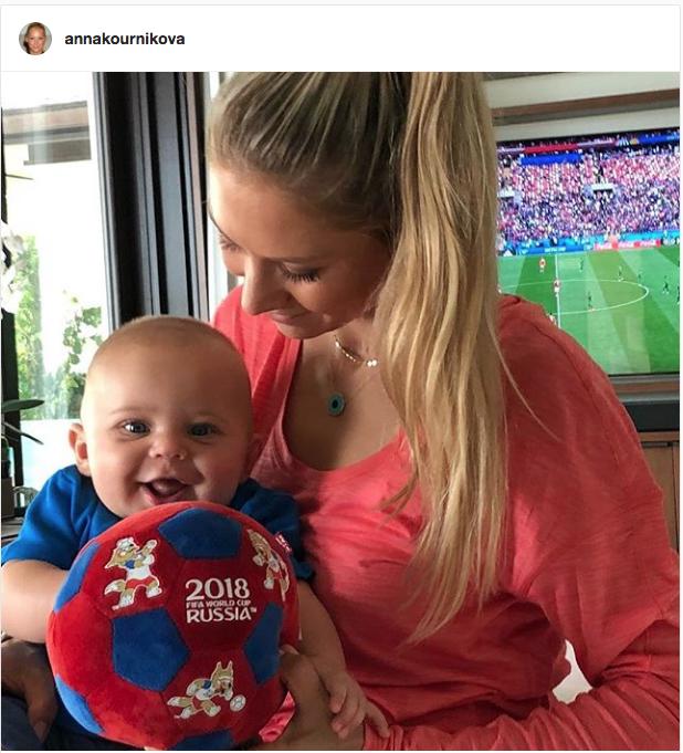 Анна Курникова с сыном Николасом. Фото Instagram