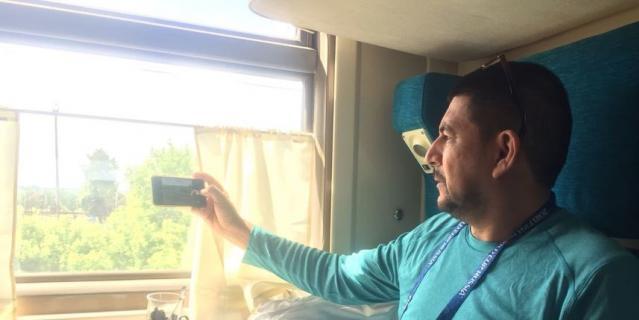 Эстевес Альфаро Хорхе Луис в поезде Москва - Саранск.