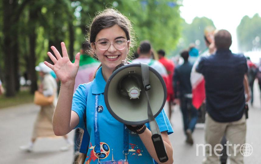 """Волонтёры всегда жизнерадостны. Фото Святослав Акимов, """"Metro"""""""
