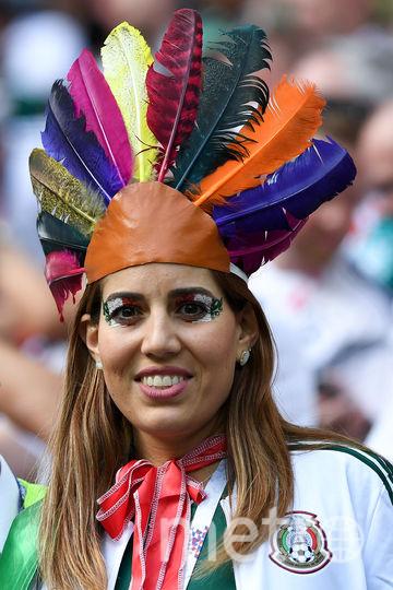 Болельщица матча Германия – Мексика. Фото AFP