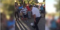 Видео с ростовским полицейским, чеканящим мяч, обсуждают в Сети