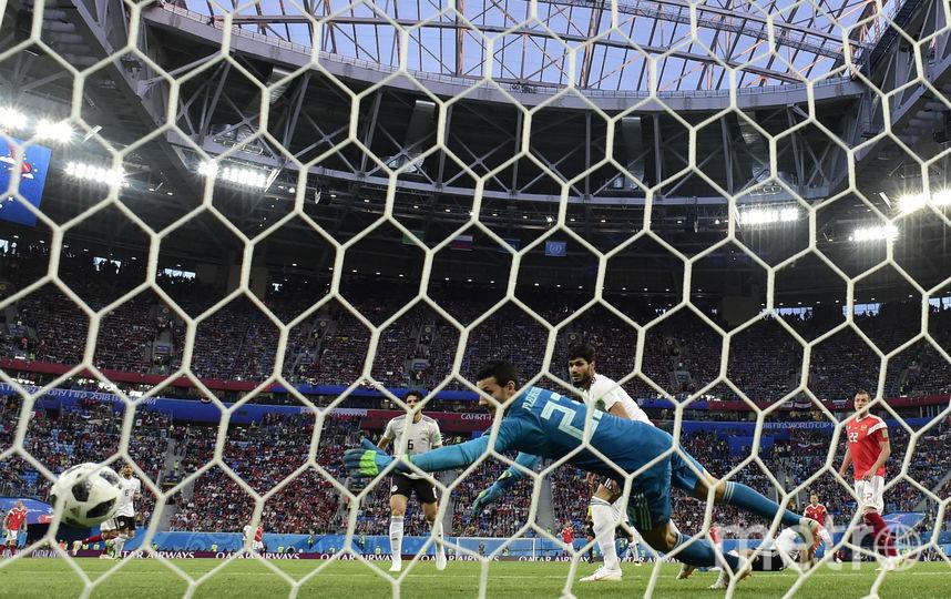 Сборная России радуется забитому мячу. Фото AFP