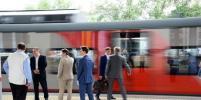Волонтёры начали сбор подписей в поддержку Собянина на станциях МЦК