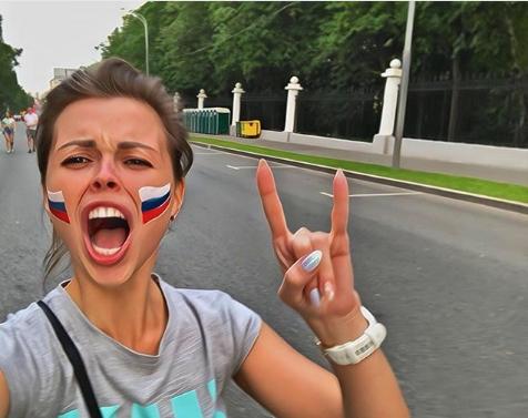 Болельщица сборной России по футболу. Фото Instagram/marjashka_n