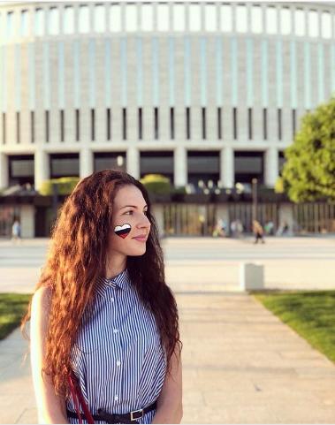 Болельщица сборной России по футболу. Фото Instagram/valeriya_sharshova
