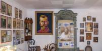 К 100-летию расстрела Николая II: Музей Распутина в Сибири охраняют император и старец