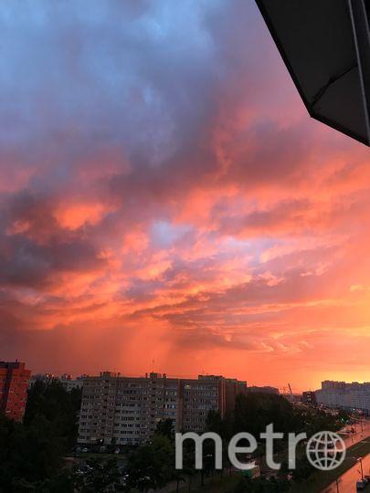 Закат в Петербурге 19 июня. Фото vk