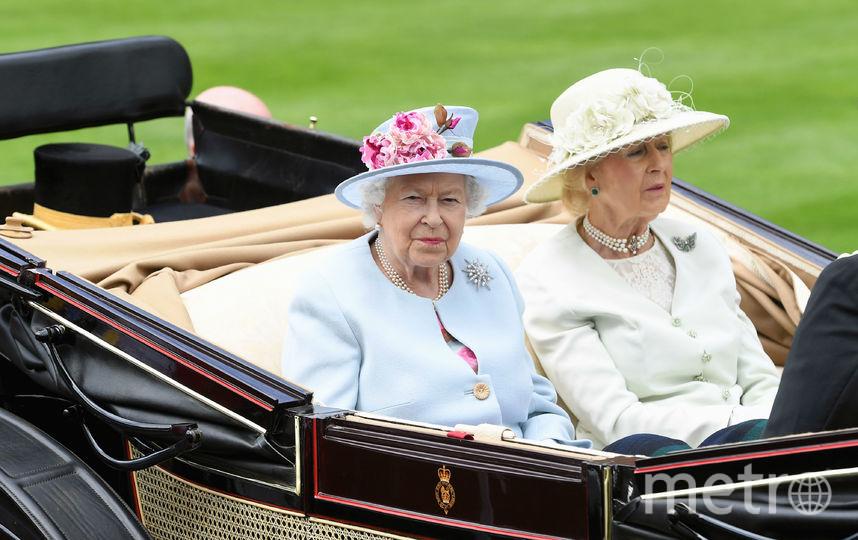 Елизавета II и ее двоюродная сестра Леди Огилви. Фото Getty