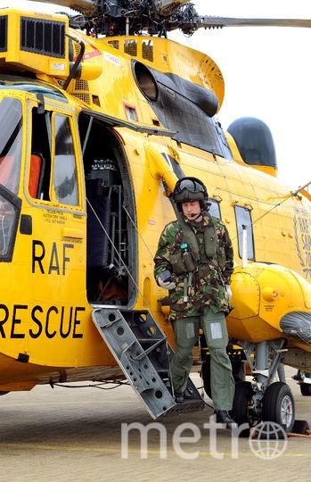 Уильям служил в должности пилота спасательного вертолёта. Фото Getty