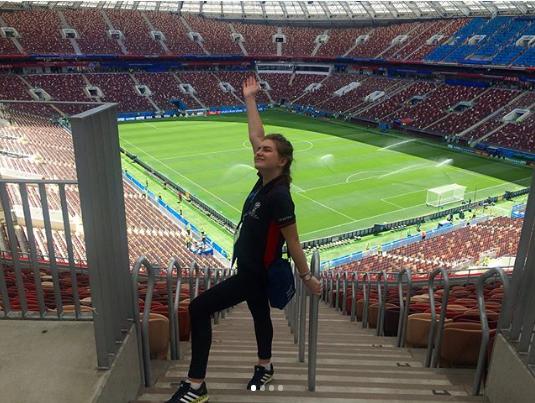 "Фанатка на матче Марокко - Португалия в ""Лужниках"". Фото Instagram angelinafane"