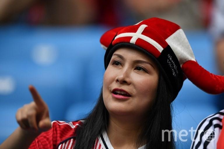 Фанатка на матче Дания - Австралия в Самаре. Фото AFP
