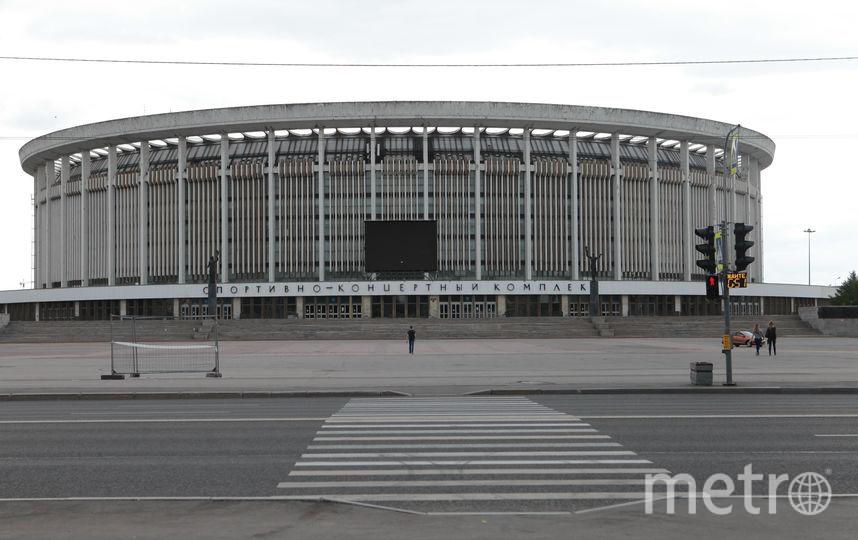 "Стадион ""Петровский"". Фото ""Metro"""