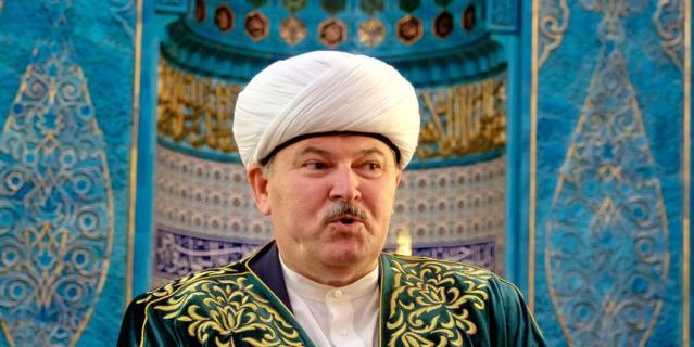 Муфтий Санкт-Петербурга Равиль-Хазрат Панчеев.