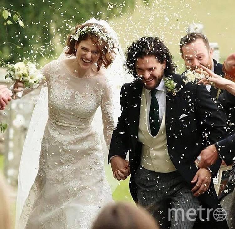 Невеста выбрала пышное свадебное платье jn модного дома Elie Saab. Фото roseleslie_got/Instagram