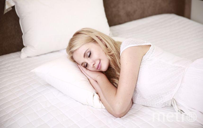 Поставьте на ночь стакан воды около кровати. Фото Pixabay