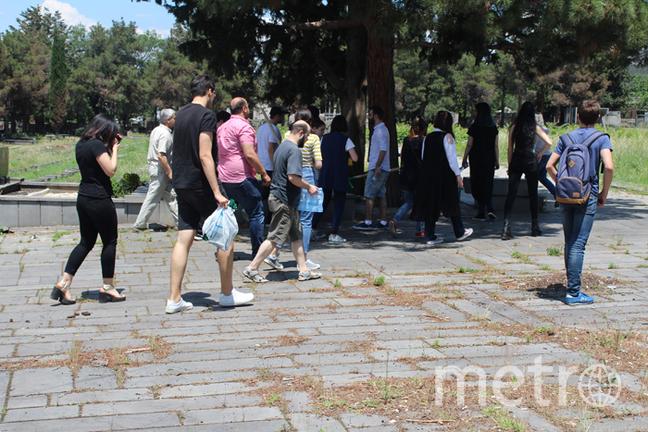 Кукийское кладбище в Тбилиси.