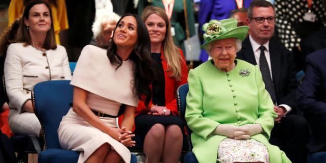 Меган Маркл и королева Елизавета II.