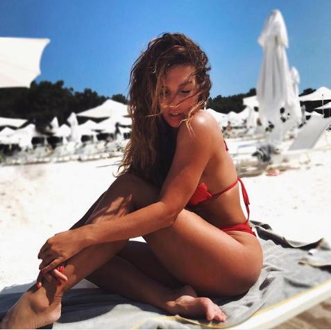 Певица Анна Седокова. Фото www.instagram.com/annasedokova