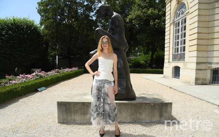 Звезды на Неделе моды в Париже. Показ Christian Dior. Наталья Водянова. Фото Getty