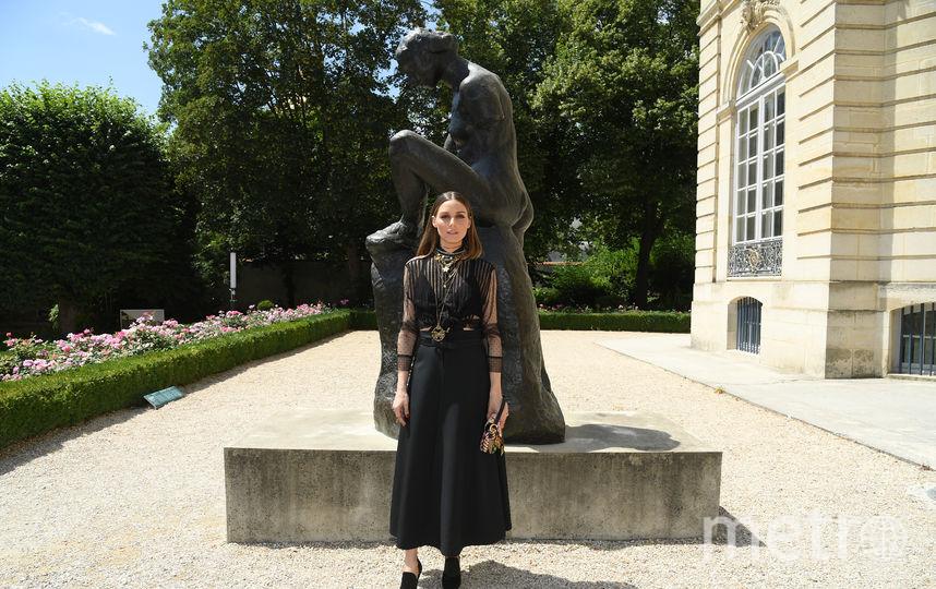 Звезды на Неделе моды в Париже. Показ Christian Dior. Оливия Палермо. Фото Getty
