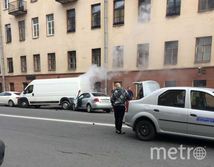 ДТП в центре Петербурга. Фото vk.com/spb_today, vk.com
