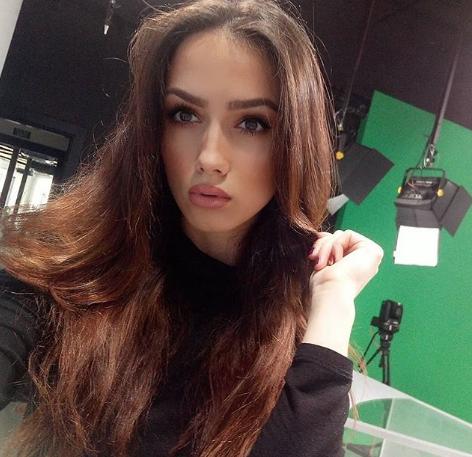Телеведущая из Сербии Сара Дамьянович. Фото www.instagram.com/saratkd7
