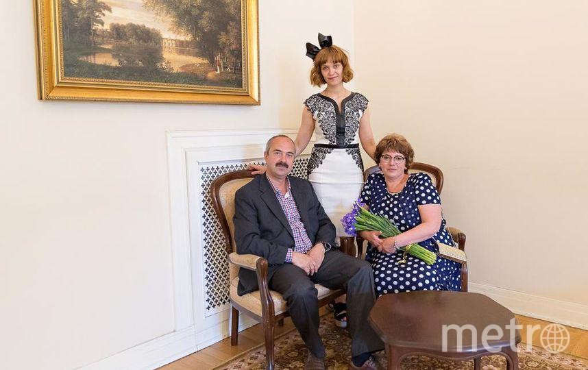 Ирина и Вячеслав Лазаревы с дочерью Аленой. Фото личный архив семьи