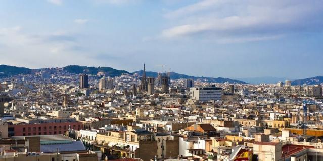 Рене и Анэта живут в Барселоне.