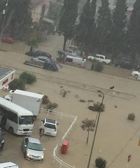 Ливень стал причиной потопа в Адлерском районе Сочи. Фото Скриншот Instagram: natalia.foma