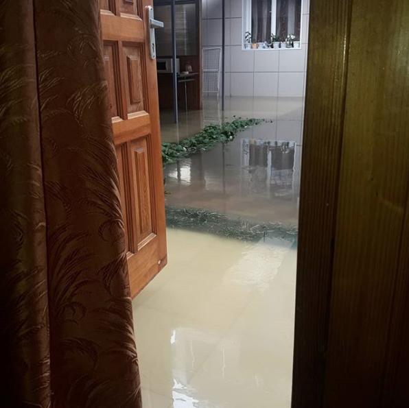 Ливень стал причиной потопа в Адлерском районе Сочи. Фото Скриншот Instagram: edwingrad
