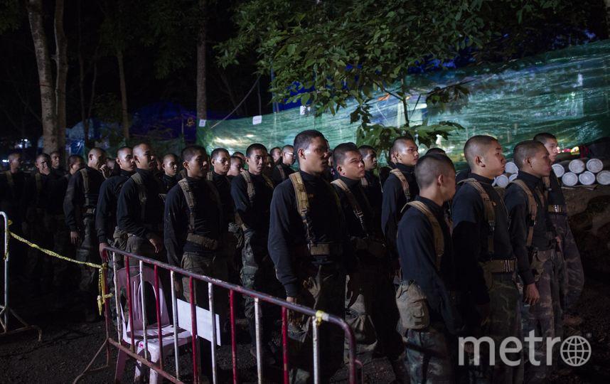 Эвакуацию детей и их тренера планируют начать в ближайшее время. Фото AFP
