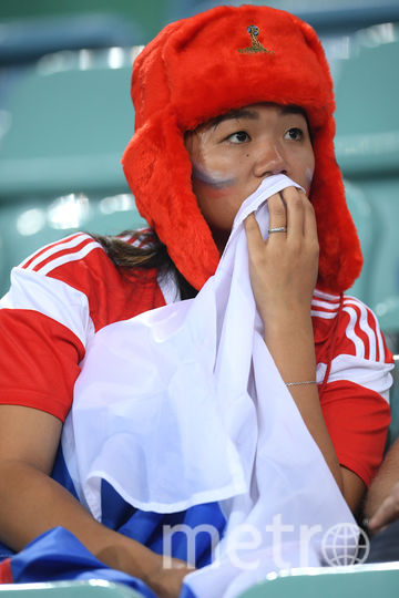 Россияне грустят после вылета сборной России с чемпионата мира по футболу. Фото Getty