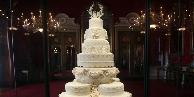 Свадебный торт принца Уильяма и Кейт Миддлтон.