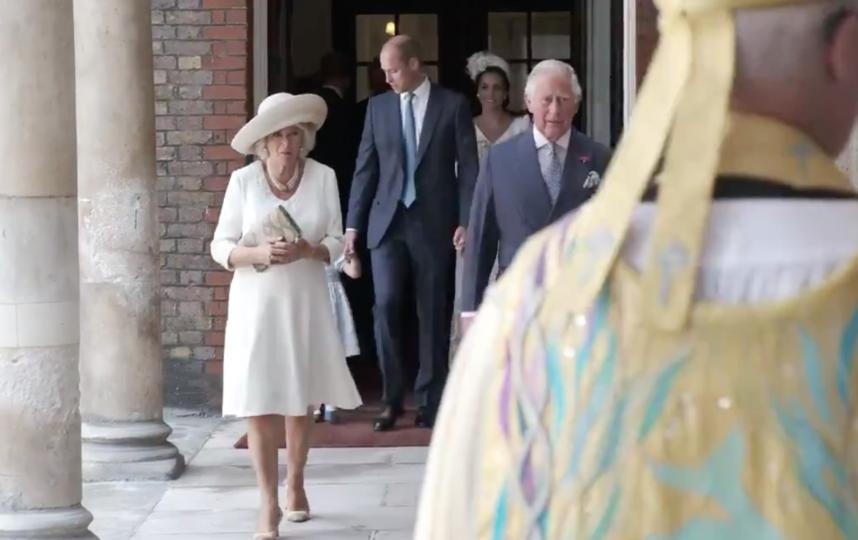 Камилла с супругом принцем Чарльзом. Фото twitter.com/KensingtonRoyal