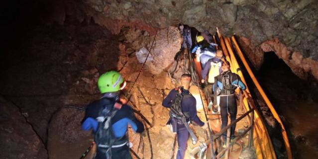 Третий этап спасательной операции назначен на вторник, 10 июля.