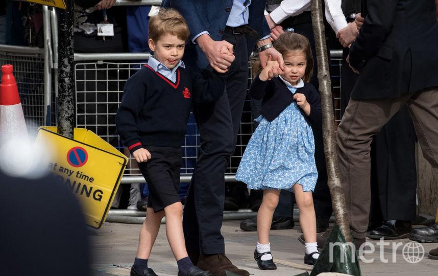 Принц Уильям с принцем Джорджем и принцессой Шарлоттой. Фото Getty