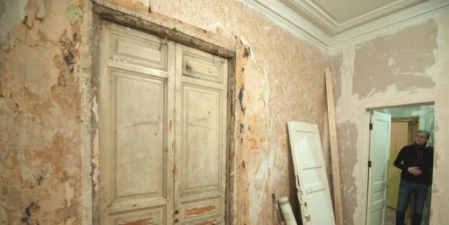 Этот адрес – Гороховая, 64 – до Октябрьской революции 1917 года знал почти весь Петербург. Здесь находилась квартира Григория Распутина – простого сибирского мужика, который сумел добиться расположения императрицы Александры Фёдоровны, а через неё – и самого Николая II.