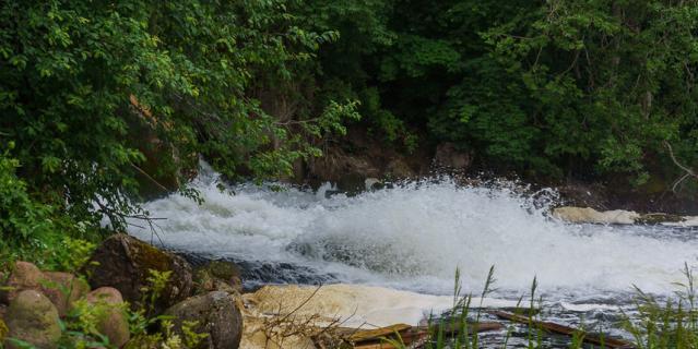Старая заброшенная ГЭС.