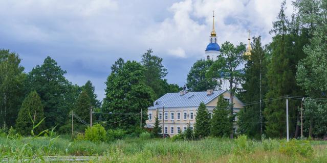 Череменецкий Иоанно-Богословский мужской монастырь.