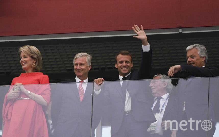 Эммануэль Макрон вместе с королём Бельгии Филиппом и королевой Матильдой. Фото AFP