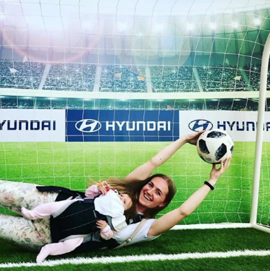 Болельщица матча Франция – Бельгия. Фото instagram/olga_sever_26