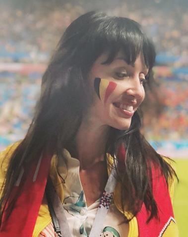 Болельщица матча Франция – Бельгия. Фото Instagram/i_am_olcha
