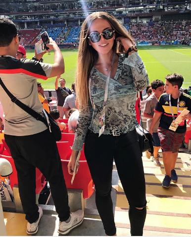 Болельщица матча Франция – Бельгия. Фото Instagram/morganyulia